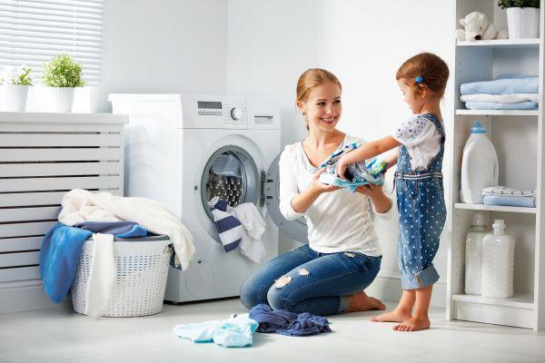 Παιδί: Πώς θα μάθει να βάζει πλυντήριο   imommy.gr