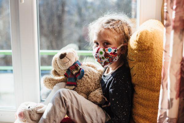 Πώς θα καταλάβουμε ότι τα παιδιά έχουν μολυνθεί με κοροναϊό;   imommy.gr