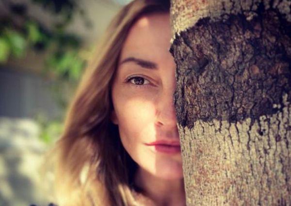 Ρούλα Ρέβη: Δείχνει την κοιλιά της πέντε χρόνια μετά τη γέννηση των διδύμων | imommy.gr