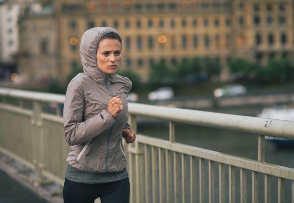 Τρέξτε στην βροχή και.. «κάψτε» περισσότερες θερμίδες | imommy.gr