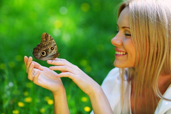 Ευτυχία: Γιατί πρέπει να σταματήσετε να την «κυνηγάτε»   imommy.gr