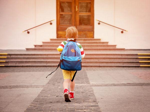 Πελώνη : Ανοιγμα των σχολείων από τις 12 Απριλίου με self test | imommy.gr