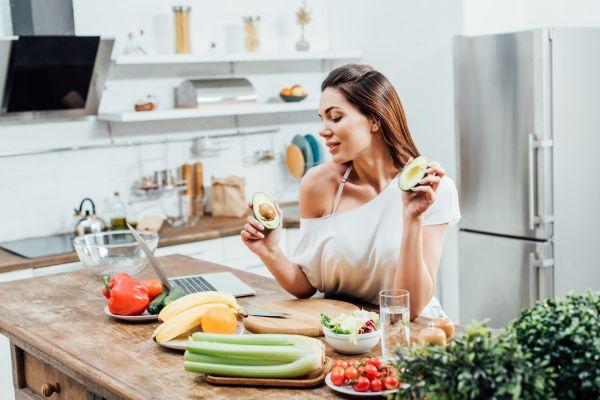 Ποιες τροφές πρέπει να βάλουμε στη δίαιτά μας;   imommy.gr