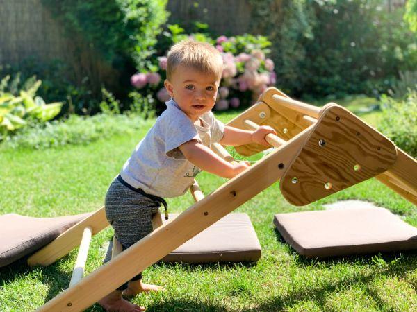Ανάπτυξη παιδιού: Γιατί σκαρφαλώνει παντού; | imommy.gr