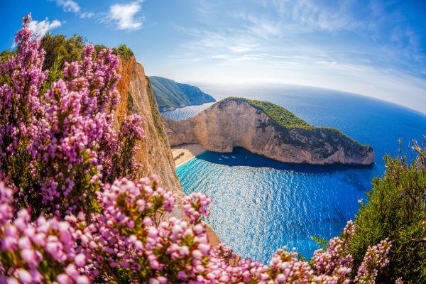 Ο Guardian «πάει» Ελλάδα το φετινό καλοκαίρι | imommy.gr