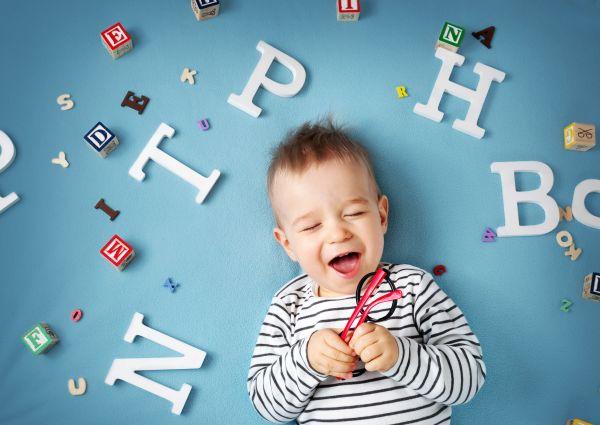 Πώς θα εμπλουτίσετε το λεξιλόγιο του παιδιού | imommy.gr