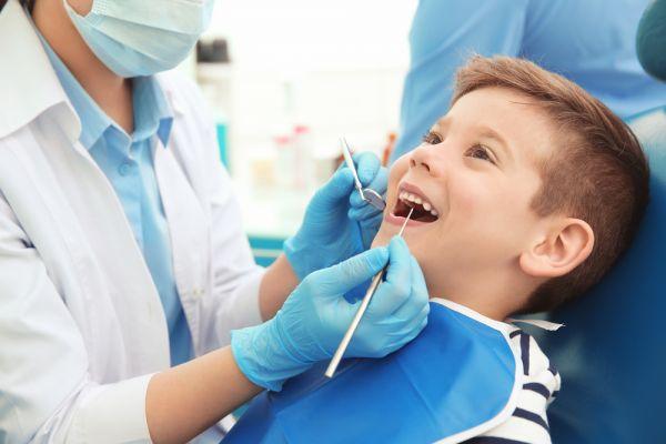 Πώς θα προετοιμάσετε το παιδί για την επίσκεψη στον οδοντίατρο | imommy.gr