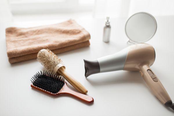 Πότε πρέπει να αλλάξετε βούρτσα μαλλιών;   imommy.gr