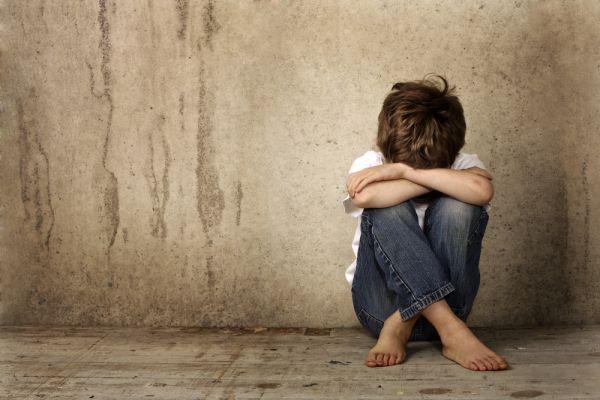 Παιδόφιλος θα υποβληθεί σε θεραπεία στα μάτια για να ξεπεράσει τη διαστροφή του | imommy.gr