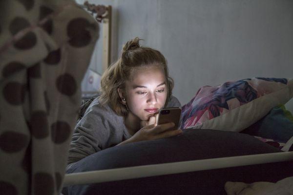 Η έλλειψη ύπνου επικίνδυνη για την ψυχική υγεία των εφήβων   imommy.gr
