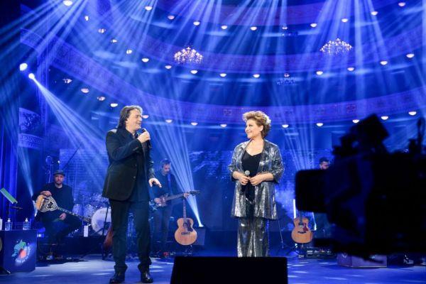 Γιάννης Κότσιρας και Γιώτα Νέγκα στο «Σπίτι με το MEGA» το Σάββατο 24 Απριλίου | imommy.gr