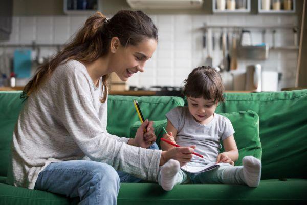 Πώς να βοηθήσετε το παιδί όταν νιώθει λύπη και μοναξιά   imommy.gr