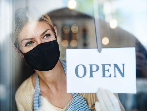 Έκτακτη συνεδρίαση των λοιμωξιολόγων για τα καταστήματα | imommy.gr