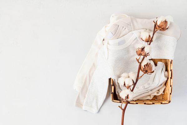 Πώς θα διατηρήσετε τα ρούχα του μωρού καθαρά | imommy.gr