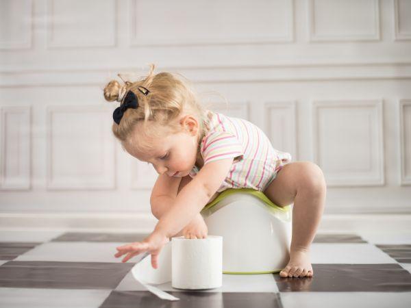 Εκπαίδευση τουαλέτας : Τα σημάδια ότι το παιδί είναι έτοιμο | imommy.gr