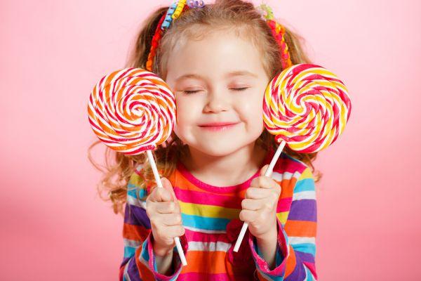 Πώς θα περιορίσουμε τη ζάχαρη στη διατροφή του παιδιού; | imommy.gr
