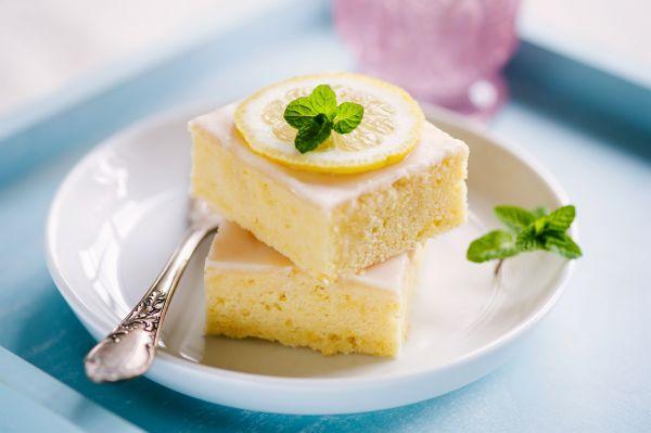 Κέικ λεμόνι με λαχταριστό γλάσο | imommy.gr