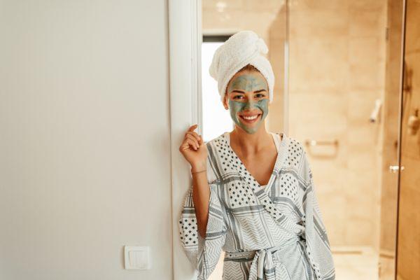 Πλάνο περιποίησης για λαμπερό δέρμα μέσα σε 24 ώρες | imommy.gr
