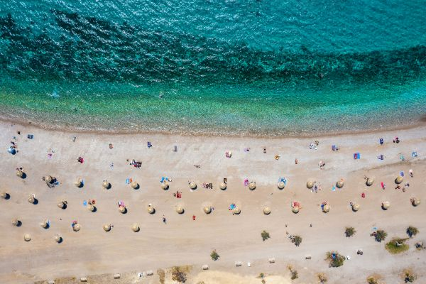 Αυτές είναι οι κρυφές παραλίες της Αττικής | imommy.gr