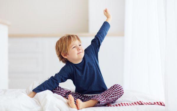 Επιστροφή στο σχολείο : Πώς θα βάλετε το παιδί σε πρόγραμμα ύπνου | imommy.gr