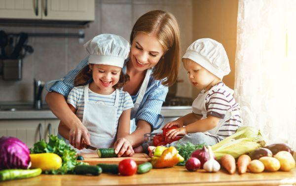 Τι τρώνε των φρονίμων τα παιδιά και αναπτύσσονται σωστά; | imommy.gr