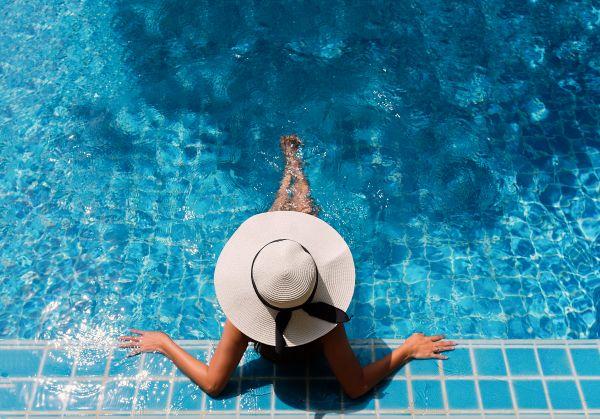 Έτσι θα γυμναστείτε όσο κολυμπάτε | imommy.gr
