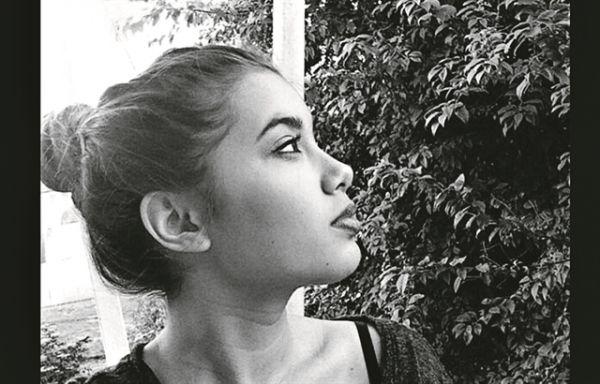Γλυκά Νερά: Γιατί η μητέρα της Καρολάιν έδινε στο ζευγάρι 1.000 ευρώ τον μήνα   imommy.gr
