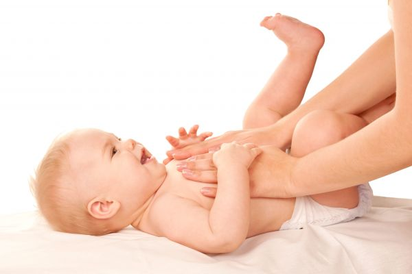 Μασάζ – Ποια οφέλη προσφέρει στο μωρό και πώς θα το κάνετε | imommy.gr