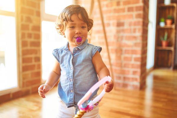 Νήπιο: Πότε θα αφήσει την πιπίλα;   imommy.gr