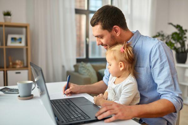 Γονείς και τηλεργασία: Μια ευαίσθητη ισορροπία | imommy.gr