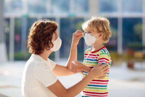 Κοροναϊός: Πότε θα βγάλουμε τις μάσκες στους εξωτερικούς χώρους   imommy.gr