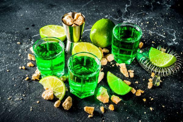 Αψέντι: Μυστικά για την «πράσινη νεράιδα» που σαγηνεύει | imommy.gr