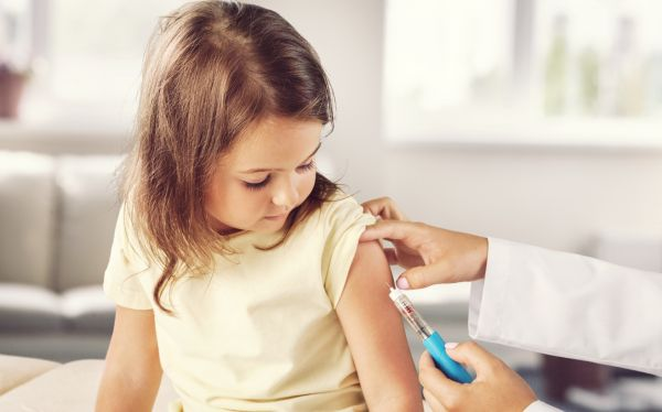 Covid-19: Οι εμβολιασμένοι των παιδιών προστατεύουν ανεμβολίαστους ανήλικους | imommy.gr