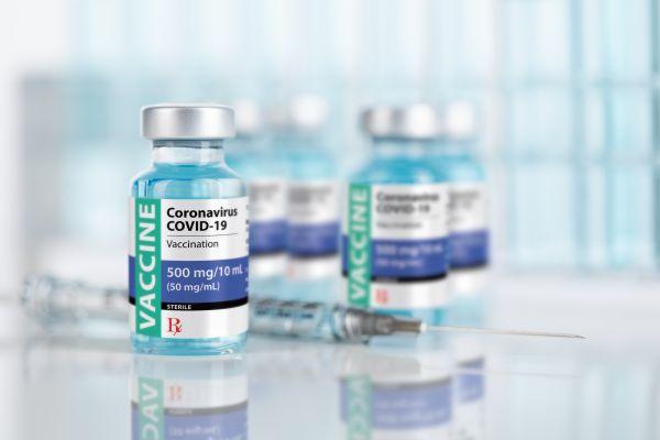 Κοροναϊός: Θα «προλάβουμε» το τέταρτο κύμα με τον εμβολιασμό; | imommy.gr