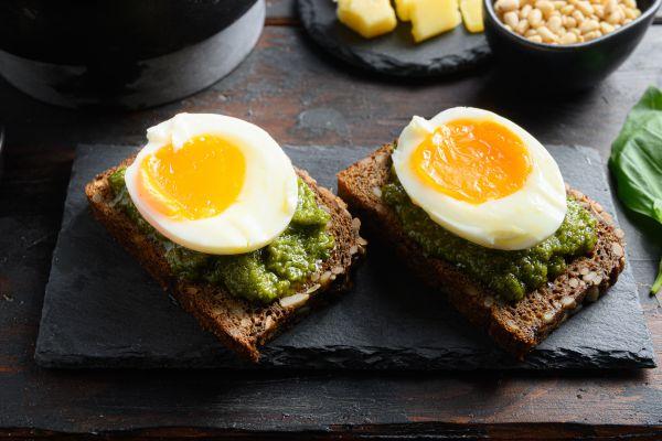 Αυγά με πέστο | imommy.gr