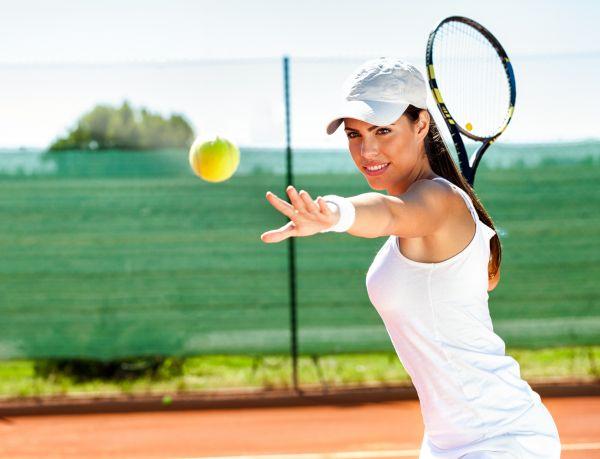 Τένις: Τα οφέλη που θα σας πείσουν να ξεκινήσετε | imommy.gr