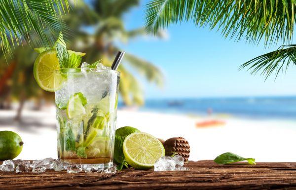Αλκοόλ το καλοκαίρι: Τι να προσέξετε   imommy.gr