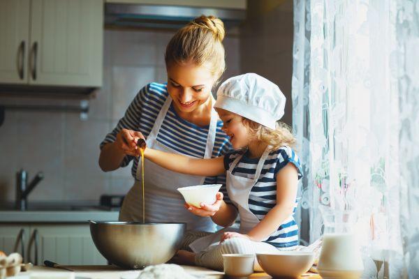 Ξεκαρδιστικό βίντεο: Οταν τα παιδιά μπαίνουν στην κουζίνα | imommy.gr