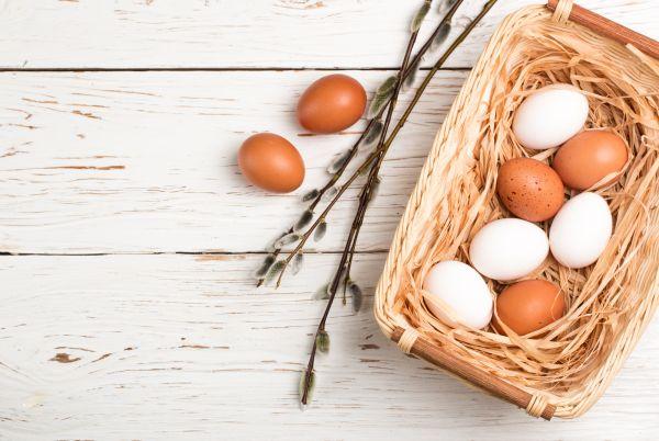 Ξέρετε τη διαφορά μεταξύ καφέ και λευκών αβγών; | imommy.gr