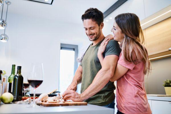Ποιες τροφές τονώνουν την ερωτική μας ζωή;   imommy.gr