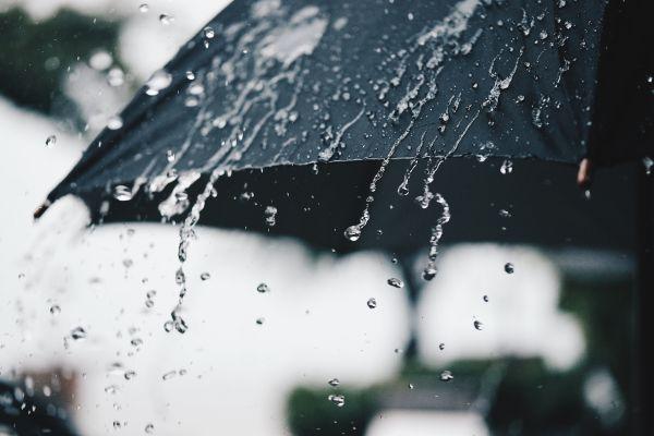 Έκτακτο δελτίο: Επιδεινώνεται ο καιρός – Που αναμένονται βροχές, καταιγίδες, χαλάζι | imommy.gr