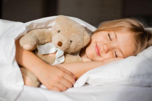 Παιδί: Έτσι θα μάθει να κοιμάται μόνο του | imommy.gr