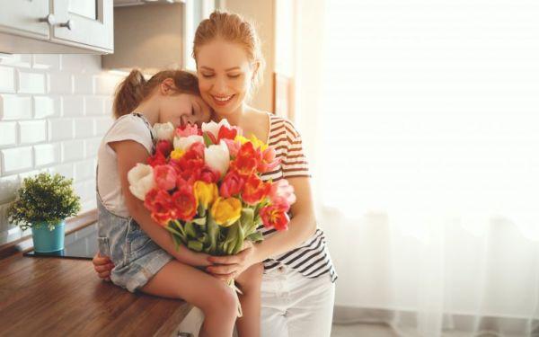 Μεγαλώνουμε παιδιά που δείχνουν καλοσύνη   imommy.gr