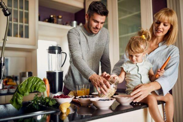 Παιδί και διατροφή: Πώς θα καταλάβετε ότι δεν τρέφεται σωστά | imommy.gr