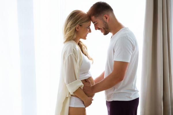 Πώς θα ενδυναμώσετε τη σχέση με τον σύντροφό σας όταν είστε έγκυος   imommy.gr