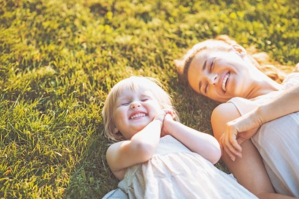 Πώς ωφελεί τα παιδιά η επαφή με τη φύση; | imommy.gr