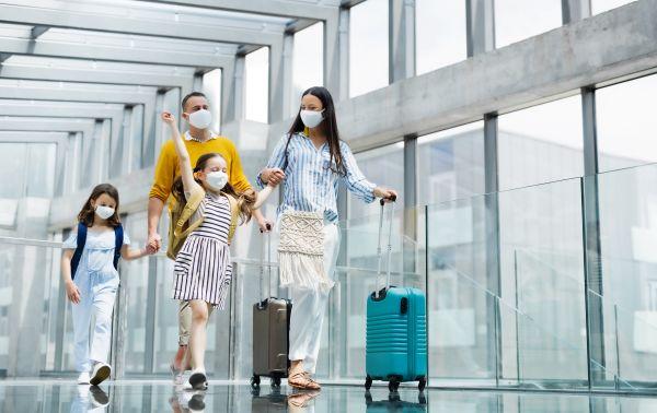 Πτήσεις εσωτερικού: Με self test οι επιβάτες από 12 έως 17 ετών προς τα νησιά   imommy.gr