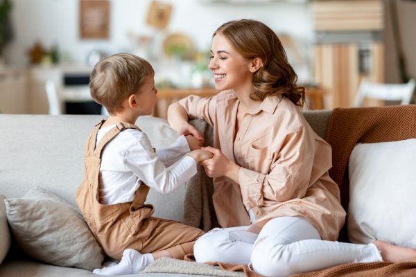 Πώς θα ενισχύσουμε τη συναισθηματική νοημοσύνη του παιδιού;   imommy.gr