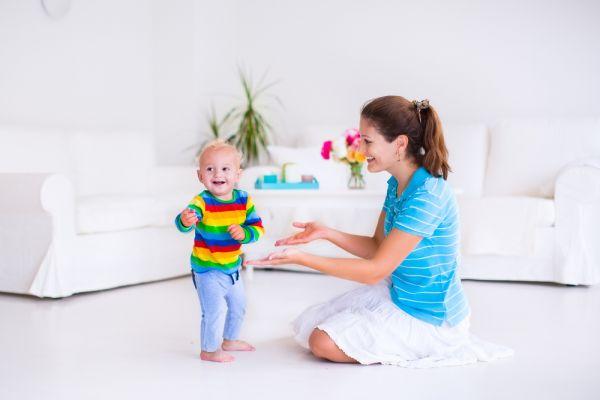 Έτσι θα ενθαρρύνετε το μωρό να περπατήσει | imommy.gr