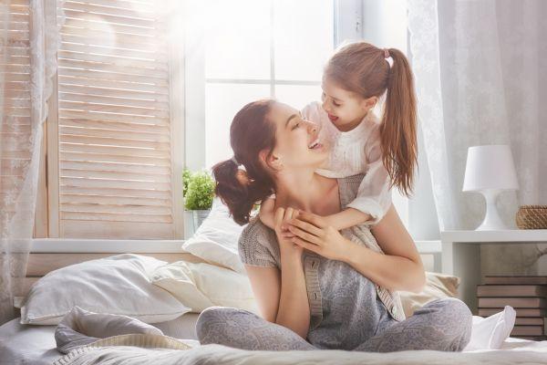 Τέσσερις τρόποι να μας ακούει το παιδί χωρίς φωνές | imommy.gr